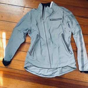 Lululemon iLUminate Jacket_Size 6/S